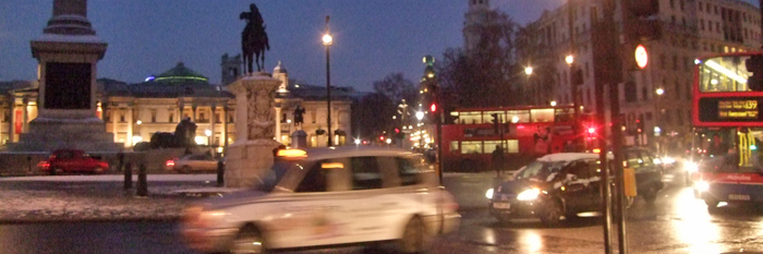 Rushhour am Trafalgar Square